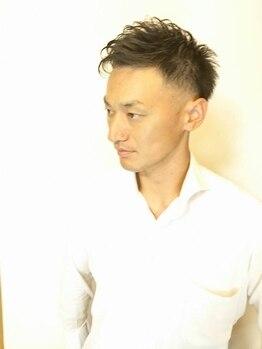 ヘアーサロン タケモト(TAKEMOTO)の写真/洗練されたメンズスタイルもお顔の身だしなみもTAKEMOTOにお任せ!個性際立つスタイル~王道スタイルまで◎