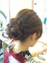 アーティカルヘア(ARTICAL HAIR)まとめ髪三つ編みアレンジ
