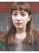 ジーナハーバー(JEANA HARBOR)ぱっつんミディアムのカーキベージュ☆