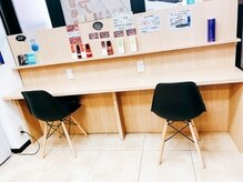 ヘアカラー専門店 スマートカラーキレイ フレンテ西宮サードフロア店(Kirei)の雰囲気(シャンプー台2台完備!いつもニコニコ元気なスタッフ勢ぞろい!)