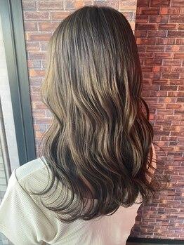 レイグロー バイ ヘッドライト ひたちなか店(RAYGLOW by HEADLIGHT)の写真/【カット+トリートメント¥8100】可愛いStyleはヘアケアが重要!TOKIOトリートメントでうるツヤ髪に♪