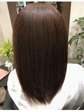 ヘアー ラウンジ コン モア(hair lounge Comme moi)マイナス10歳美髪ミディアムストレート