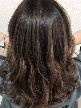 クール ヘアリズム 上田店(COOL Hair rhythm)の写真/【上田】ハーブカラーで女性本来の美しさに。健康な髪を叶える頭皮に優しく白髪も染まるハーブの力