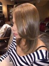 5つの「髪色」。光に愛されて、髪色はもっと輝く イルミナカラー♪