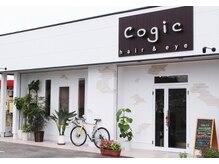 コジック(Cogic)の雰囲気(Cogicの看板が目印。)
