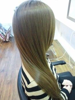 クラウドヘアー 東照宮店の写真/【CUT+全体縮毛矯正¥7800~】縮毛技術が上手いと評判!!高い縮毛矯正がプチプラでストレート美人に♪