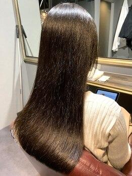 カーム(calm)の写真/大好評システムトリートメント導入◎《髪の持続型体幹ケア》で髪の内側から整った質感を叶えます♪