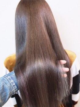 """エール(a:le)の写真/【最新の縮毛矯正◎】""""酸性ストレート""""で髪の強度を上げ更にサラサラな輝く美髪へ導きます♪"""