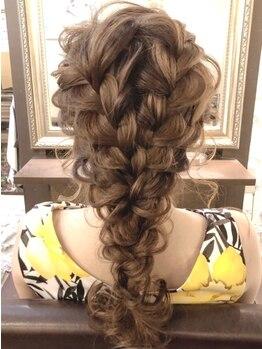 ヘアーステージディーヴァ(Hair Stage DIVA)の写真/【スピーディーなのに崩れない☆】結婚式・二次会・ライブイベントに♪最高の可愛いをDIVAが演出します