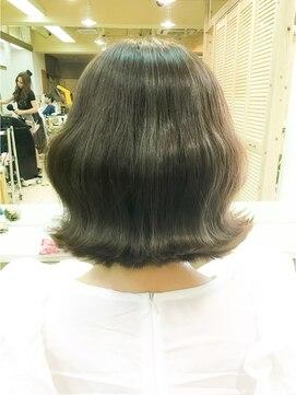 韓国人の可愛い人とか髪型・メイク・ファッションの特徴|モデル