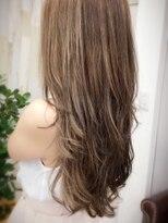 カリーナヘアー(carina hair)愛されモテロングヘアー