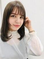 ジーナシンジュク(Zina SHINJYUKU)ミディアムストレートヘア