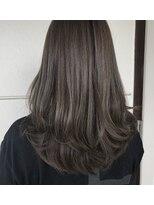 美容室 レア(lea)leaイチオシ☆ツヤ髪カーキグレージュカラー☆