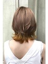 ヘアーアイスカルテット(HAIR ICI QUARTET)切りっぱなしボブ ポイントカラー ベージュ ミルクティー