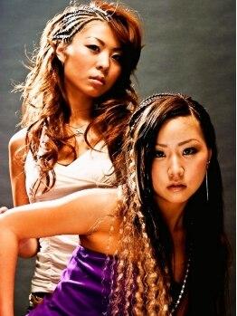 ヘアーアンドハート ベルフェーム 湘南台店(Hair&Heart BelleFemme)の写真/オリジナルの編み技法で外れにくい!≪1本≫も細くないエクステ。リピーター続出の人気メニューです♪