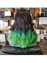 グリーンカラー ヘアマニキュア 原色カラー 派手髪