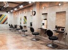 ラフィスヘアー テラス 福岡天神店(La fith hair terrace)の雰囲気(アットホームな空間でゆったり過ごせます♪)