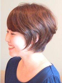 プラーナ(PRAANA)の写真/【白髪が気になり始めたら…】地毛のようなナチュラルな仕上りはさすがにPRAANAならではのカラーワークです