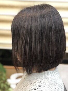 ヘアルームジュリオ(hair room julio)の写真/【可部】ハリ・コシがUPするボリュームアップグレイカラー!髪や地肌に優しく、より綺麗に…よりお洒落に♪