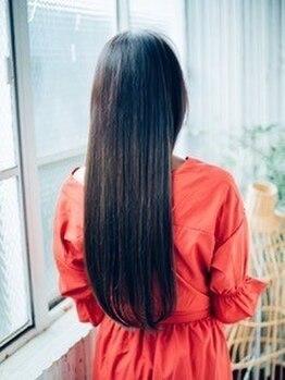 ヘアーアンドメイク ポッシュ 日暮里店(HAIR&MAKE POSH)の写真/【日暮里】≪Aujuaソムリエが在籍≫1人1人違う髪のお悩みに対応◎Aujuaトリートメントで美髪に♪