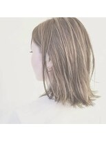 アルシュ サイト(ARCHE saito)ハイライトミディアムボブ