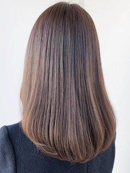 サロン(Salon)の写真/ダメージによるパサつきをおさえて、艶感たっぷりの指通り、しなやかな褒められ艶美髪に♪