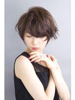 アミィヘアー(Ami Hair)大人かわいいショート×ダークグレージュ