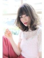 【Madu】大人可愛い黒髪ミディアムエアウェーブビータ