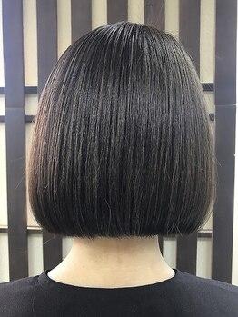 ヘアーサロン ティアレ(hair salon Tiare)の写真/天然由来成分のクリアヘナ使用!地肌のことも考えたケアで、芯から健康なハリ・コシのある髪へ…。
