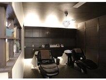 リシェ(reche)の雰囲気(心もリラックス♪最高級のシャンプー台がモダンな半個室空間で。)