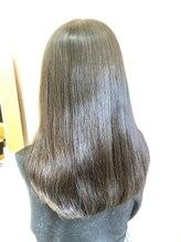 ヘアーアンドビューティー ママコルテ(Hair&Beauty mamacorte)ナチュラルストレート