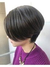 エメヘアブランズ(EME hair brands)ハンサムショート シアベージュ