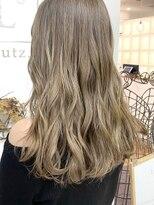 ルッツ(Lutz. hair design)ブロンドベージュ