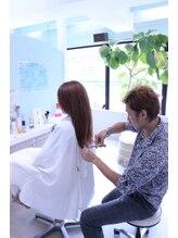 まとまる髪へ☆内巻きにこだわったすきバサミを使用しないJapan Dry Cut♪