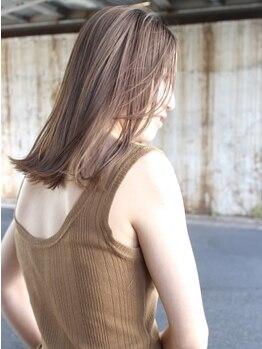 ノーマン(NORMAN)の写真/人気のハイライトやインナーカラーなどさり気ないStyleが得意!髪を傷ませずに、透明感のある仕上がりに♪