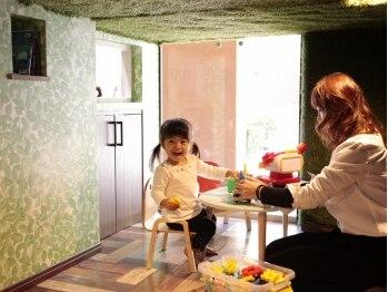 ヘアガーデン テンダネス(hair garden 10derness)の写真/【お子様が主役◆】お子様も「行きたい!」「楽しい!」と人気のサロン。親子で安心できる楽しい時間を…
