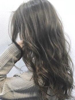 マイレ(maile)の写真/【いつもお洒落に★】上質な艶感と大人の上品さは髪色から。透明感あるカラーはイルミナカラーで叶う。