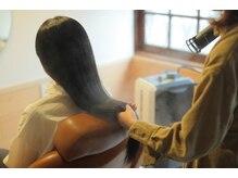 ミモリヘアー(mimori hair)の雰囲気(キューティクルより細かい《ナノスチーム》で、髪にもっと潤いを)