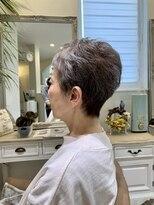 レガーメ(hair make Legame.)プラチナグレーヘア
