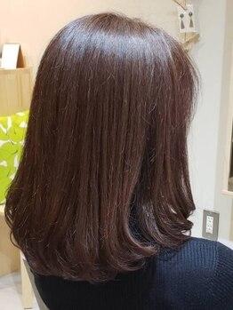 リト(Lit)の写真/白髪染めもオシャレに楽しめる★グレイカラーとは思えない自然な髪色に*気になる見た目の印象を若々しく!