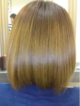ヴィテス ラボ(Vitesse Labo)の写真/限られたサロンしか取り扱う事の出来ない≪ヤバヤバトリートメント≫☆髪の毛1本1本を修復し極上の艶髪へ