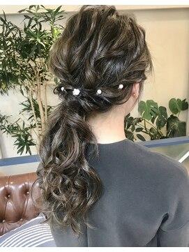 ヘアアンドメイクフリッシュ(HAIR&MAKE FRISCH)結婚式 ヘアセット