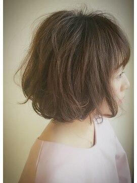 クブヘアー(kubu hair)《kubu hair》360°美シルエット☆無造作ウェーブボブ☆