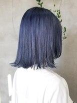 テトヘアー(teto hair)水色 青 ブルー 切りっぱなしボブ ブルージュ 韓国ヘア