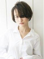 プレイスインザサン(PLACE IN THE SUN)長め前髪の色っぽショート