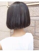 ヘアーデザイン アコースティック(Hair Design ACOUSTIC)前下がりの艶ボブ