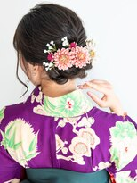 ヘアーサロン ラフリジー(Loufreasy)卒業式の袴に似合う♪編み込みダウンヘアアレンジ♪