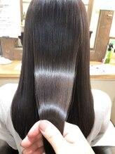 髪の細胞には再生機能がありません。だからこそ傷ませない事が大切。