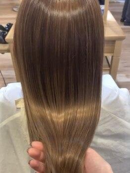 パル ミーツ(pal meets)の写真/《伸ばすだけがストレートじゃない》meetsでは髪質改善を含むこだわりの施術を実施◎うる艶の美髪が続く☆
