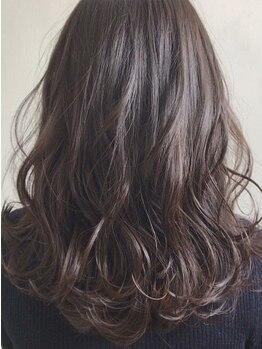 ステラ 天王寺あべの店(STELLA)の写真/【天王寺駅◆徒歩1分】白髪を隠して『魅せる』を皆様にご体験していただきます☆ファーストグレイも◎